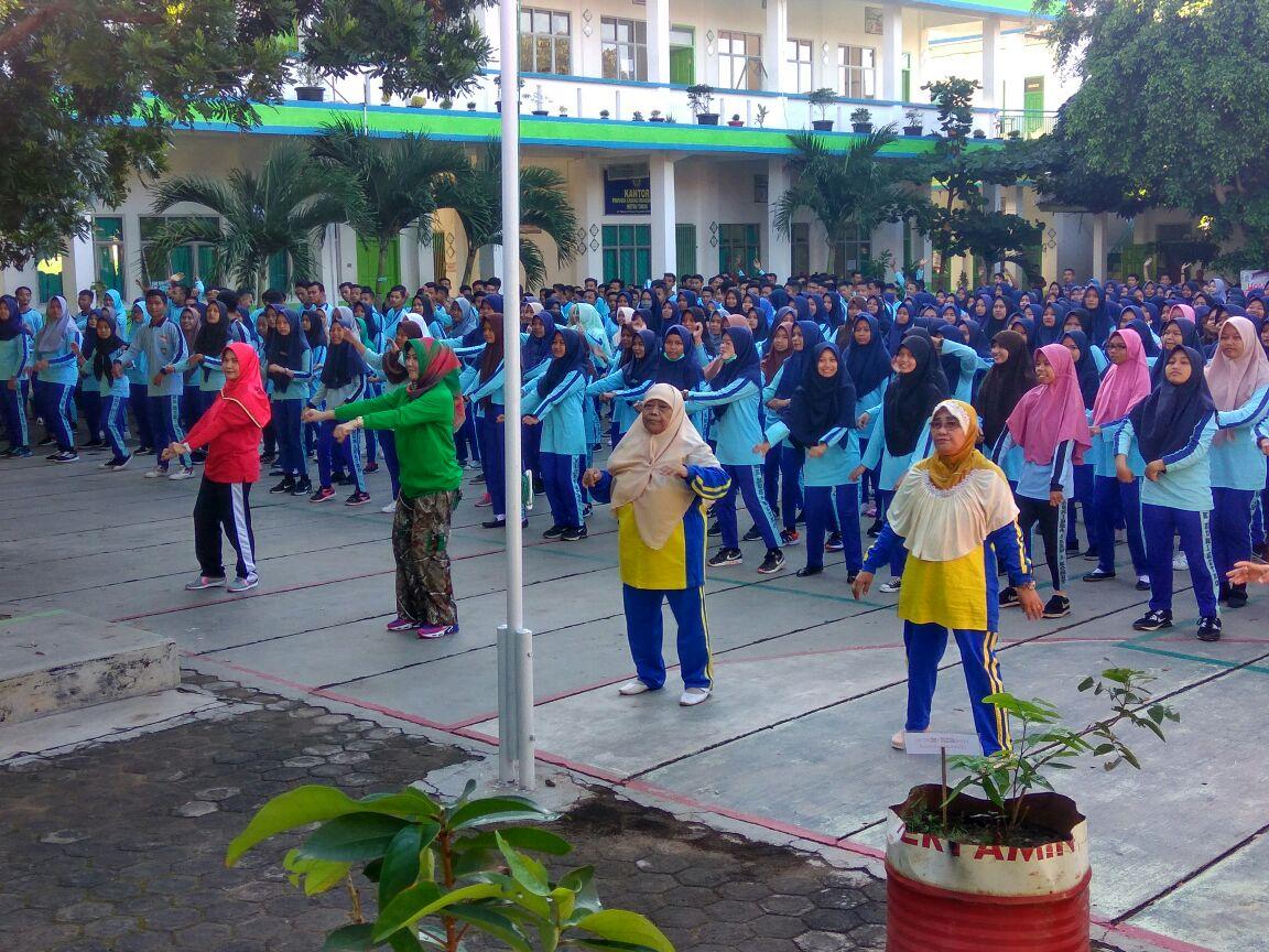 Camat Metro Timur, Sosialisasi Gerakan Anti Narkoba dan Senam Pagi