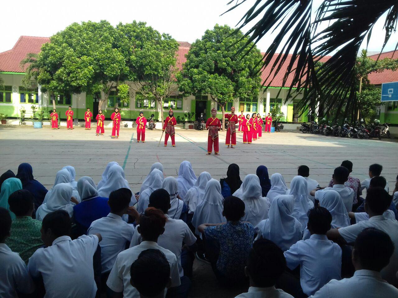 Awal masuk siswa baru, dipertontonkan aksi Pendekar TSM