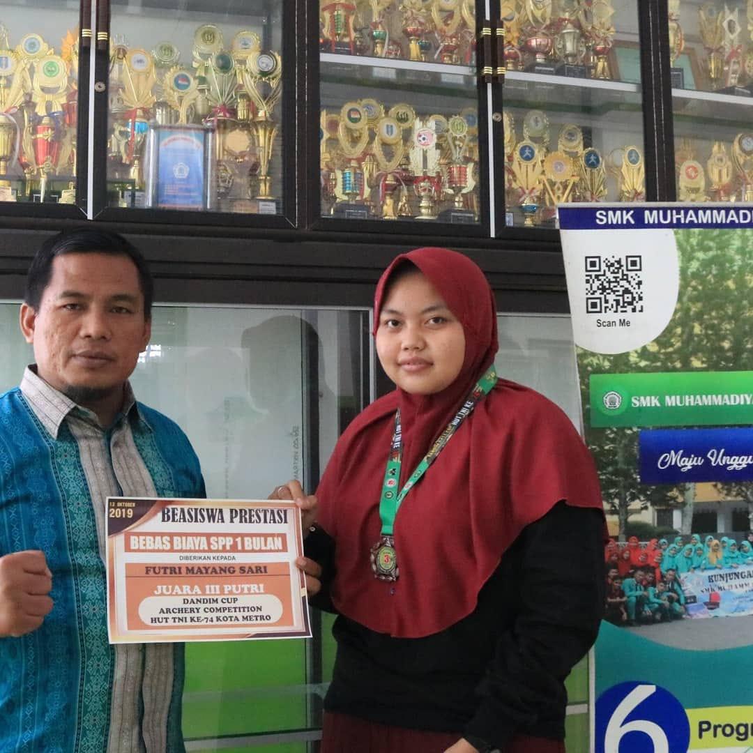 Juara III Putri Dandim Cup Archery Competition