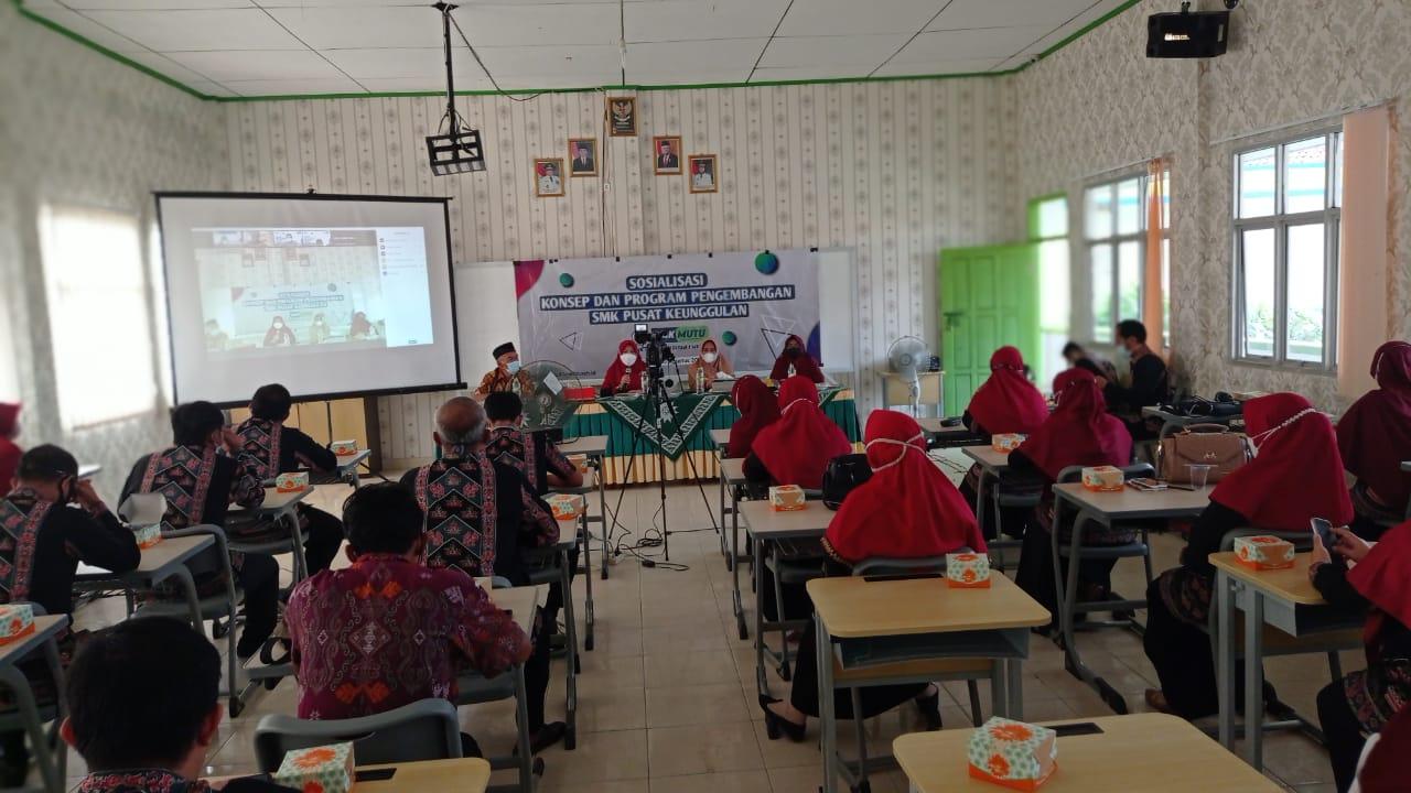 Sosialisasi Konsep & Program Pengembangan SMK Pusat Keunggulan